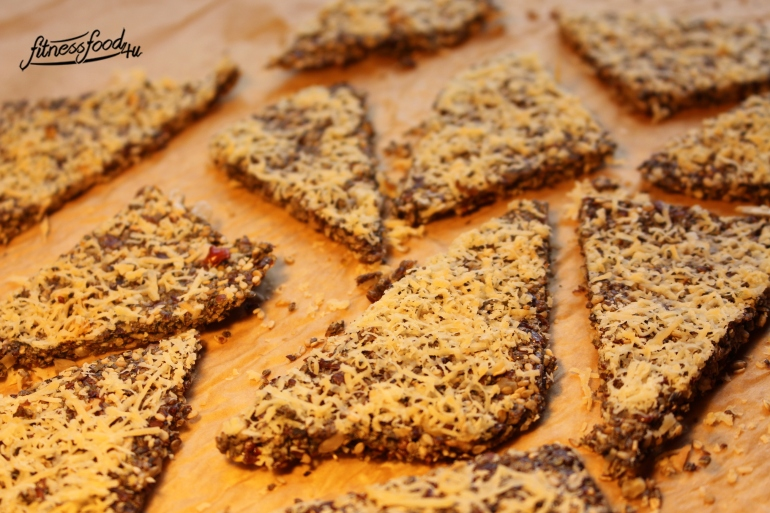 LowCarb-chia-Superfood-Cracker