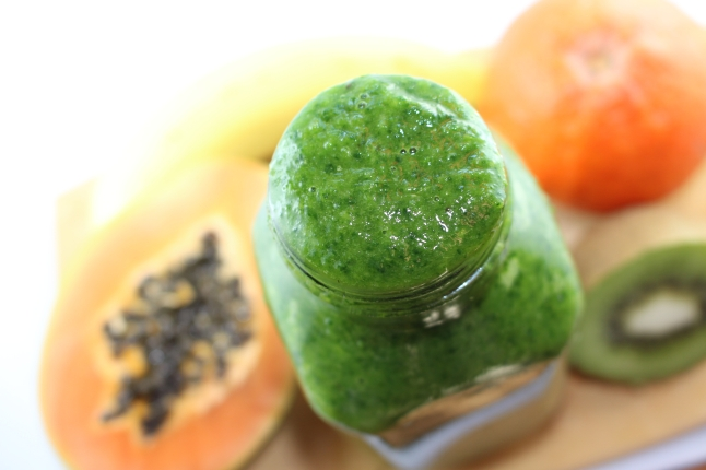 Tropical-Green-Smoothie2